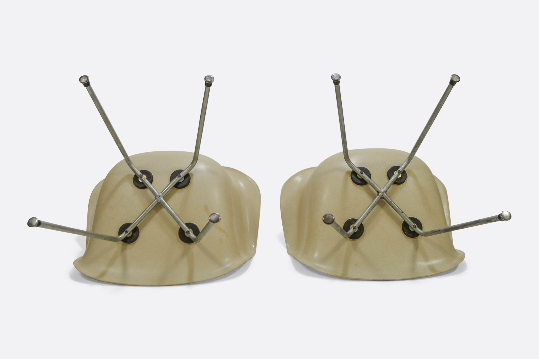 Eames DAX set of 2 - Off White - Zenith Plastic4