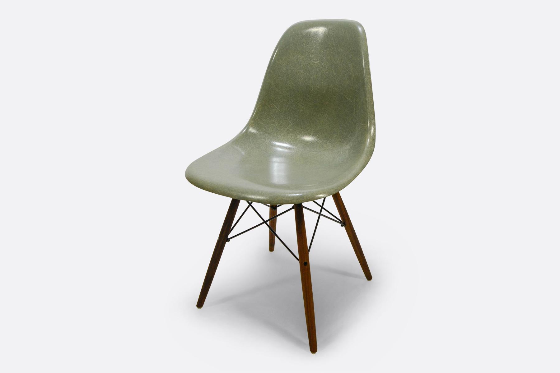 Eames DSW - Seafoam Green3