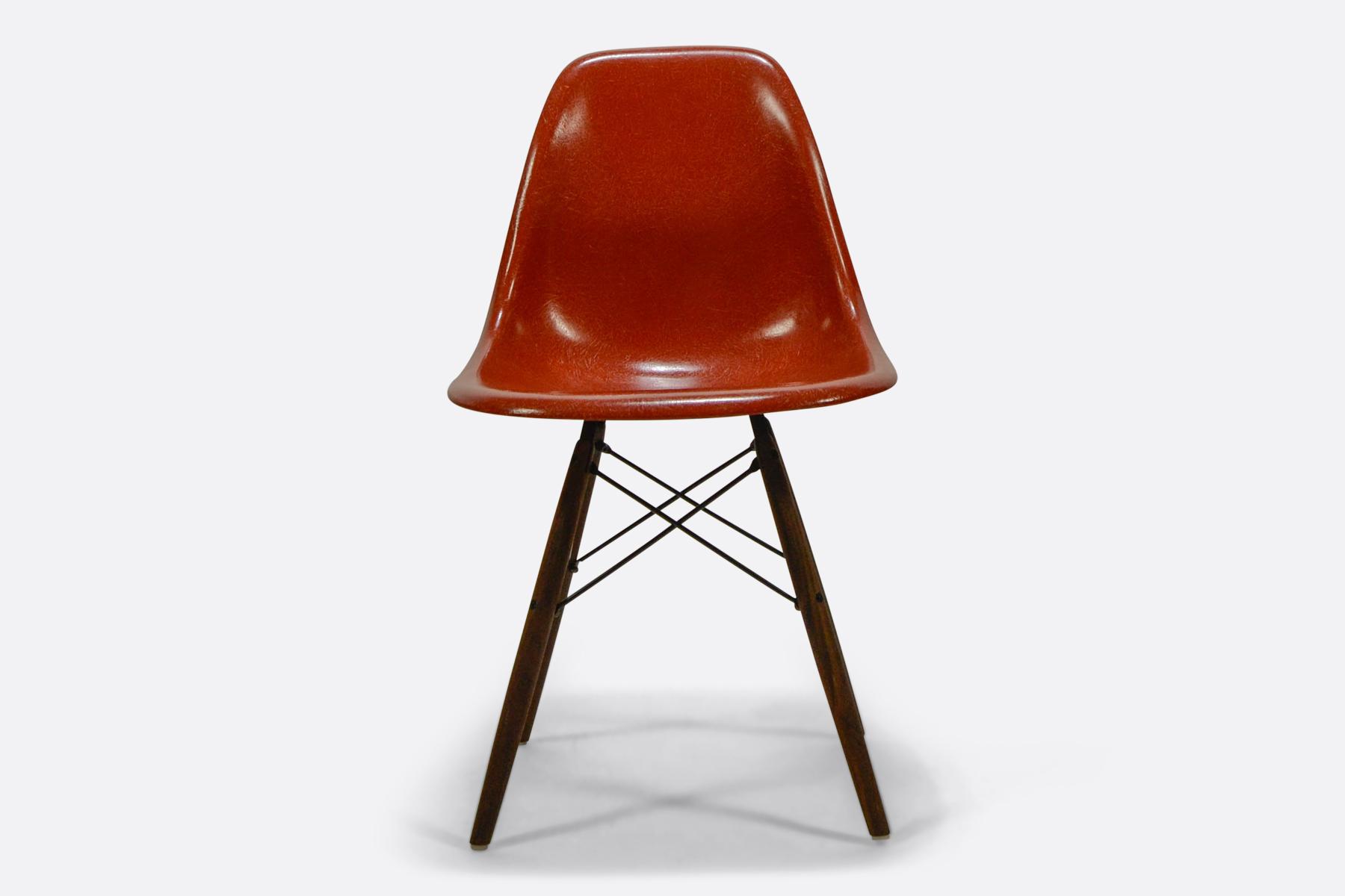 Eames DSW - Terracotta1