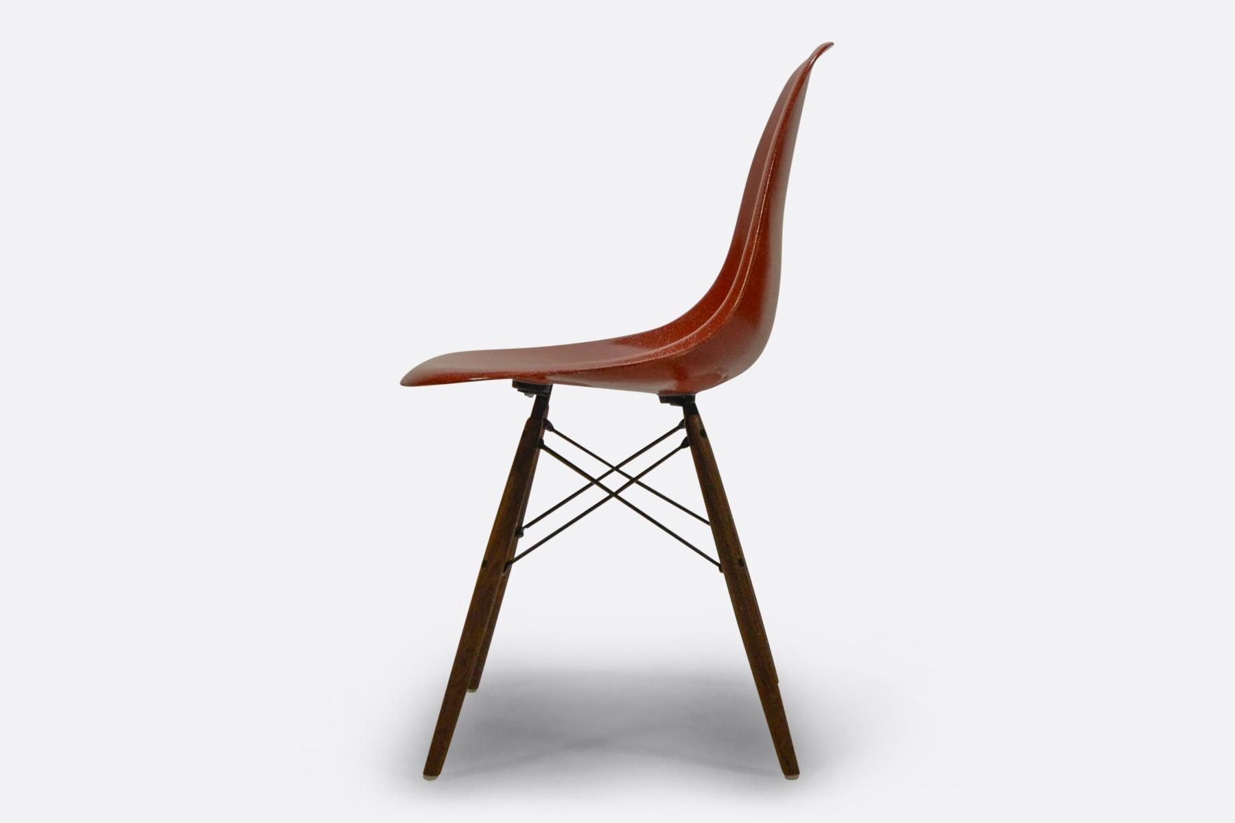 Eames DSW - Terracotta3