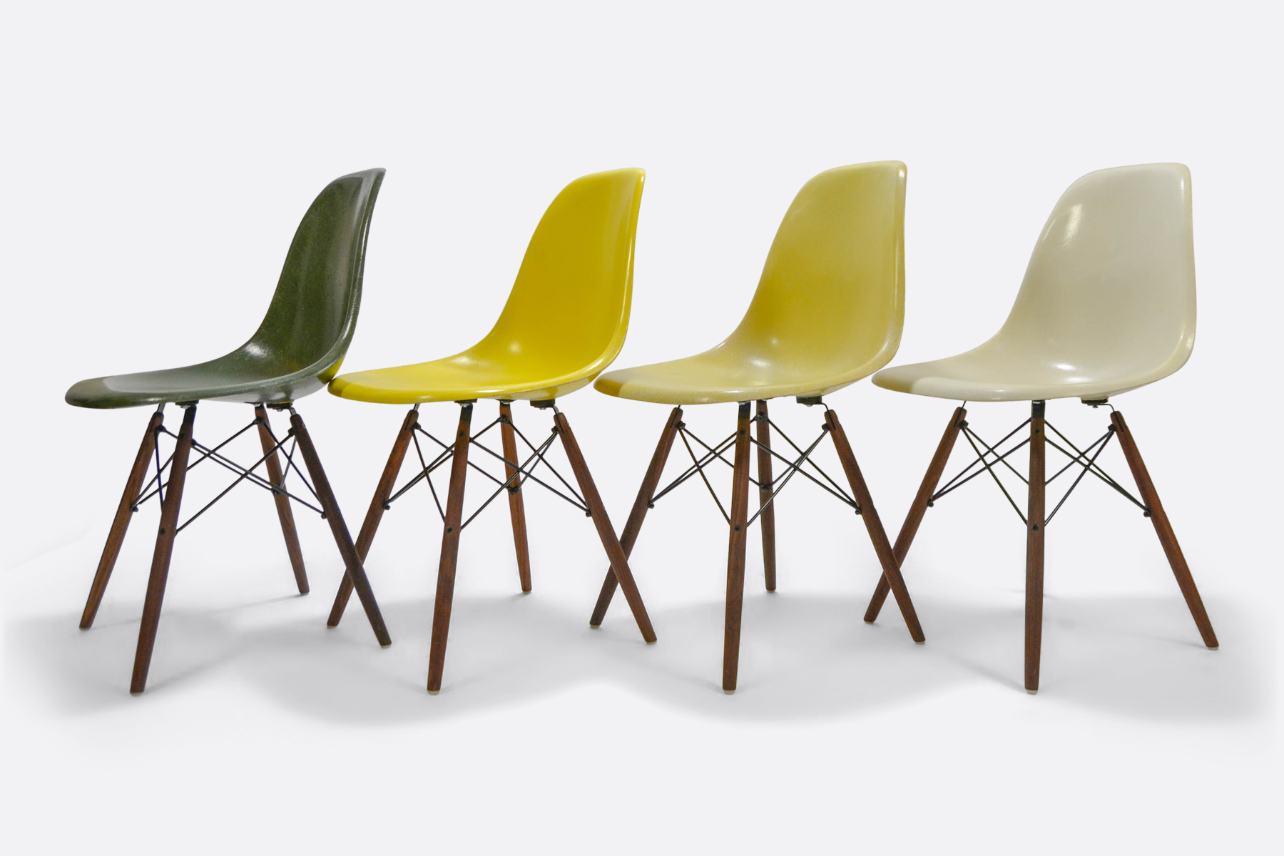 Eames DSW set of 4 Forest Green - Canary Yellow - Lemon Yellow - Off White4