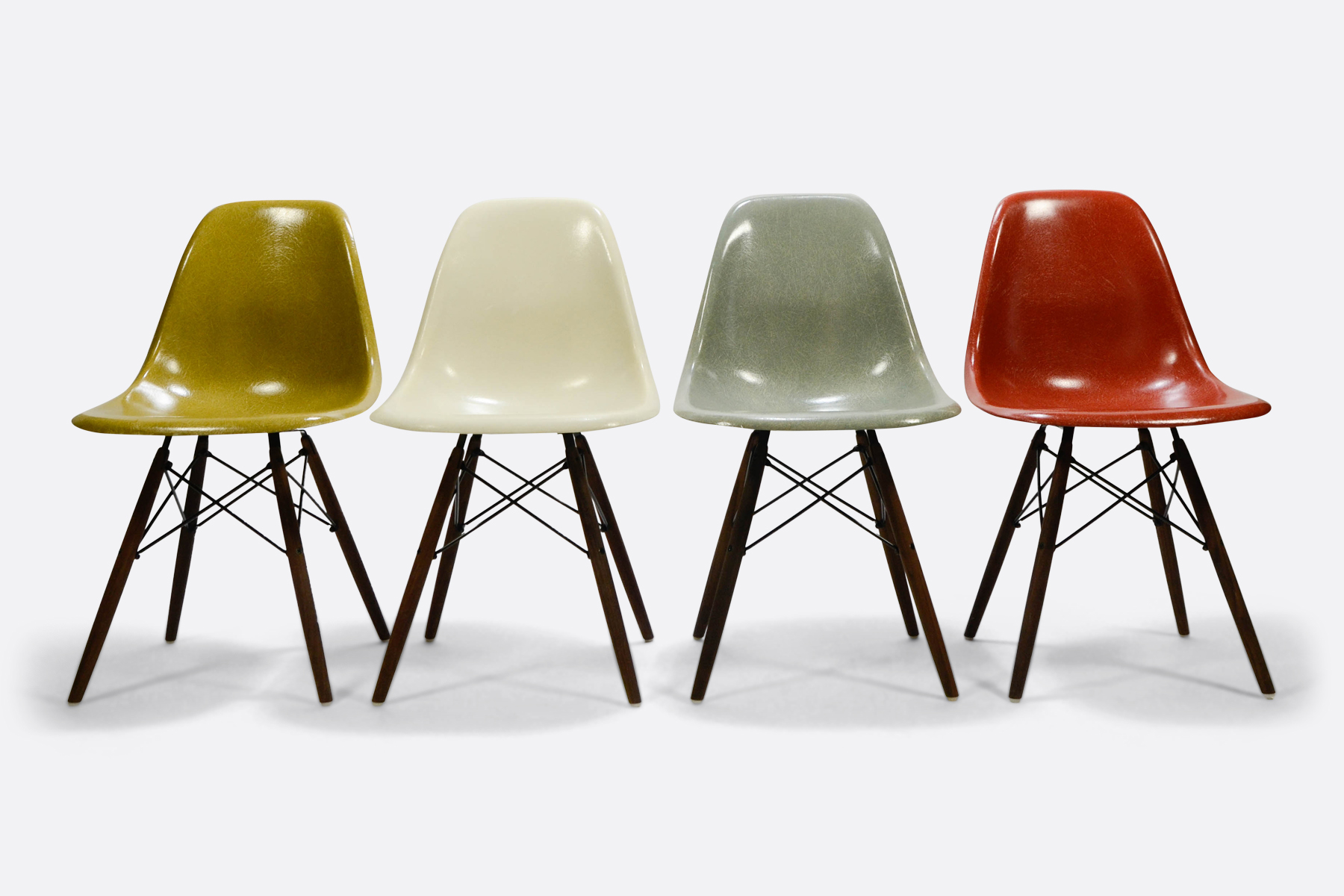Eames DSW set of 4 Mustard - Off White - Seafoam Green - Terracotta1