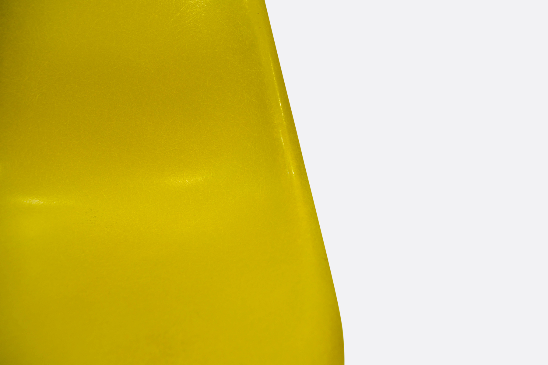 brilliant-yellow-detail