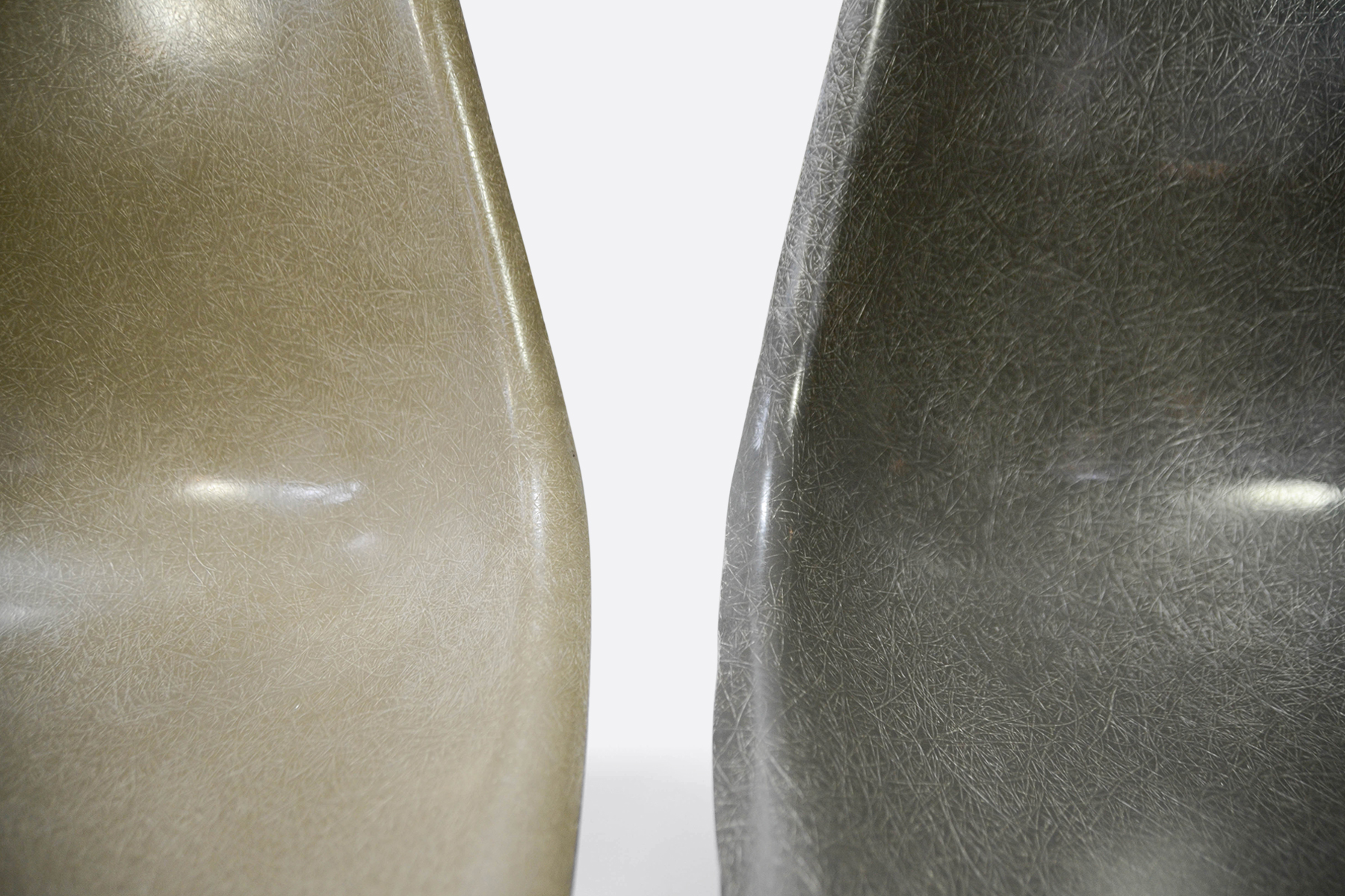 Eames-set-of-4-raw-umber-elephant-grey-detail