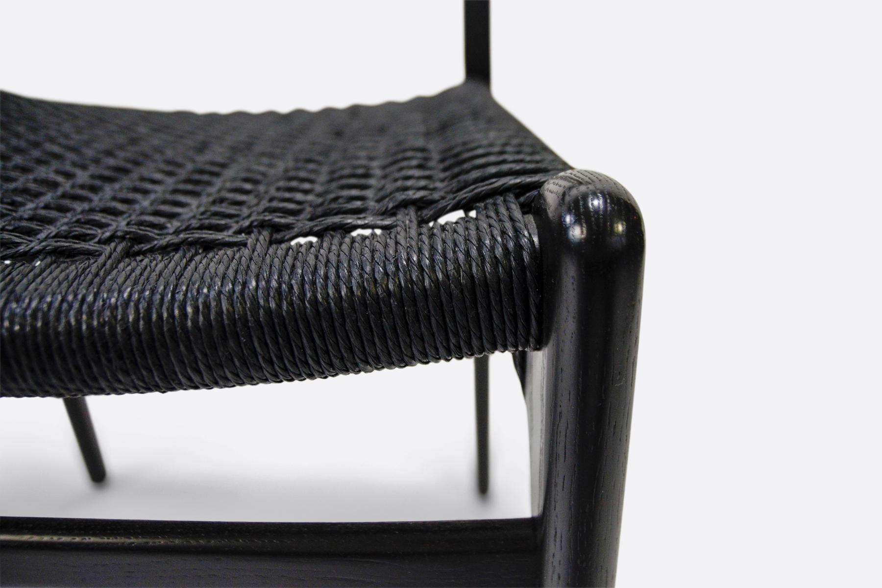 Carl Hansen CH23-black-back-detail
