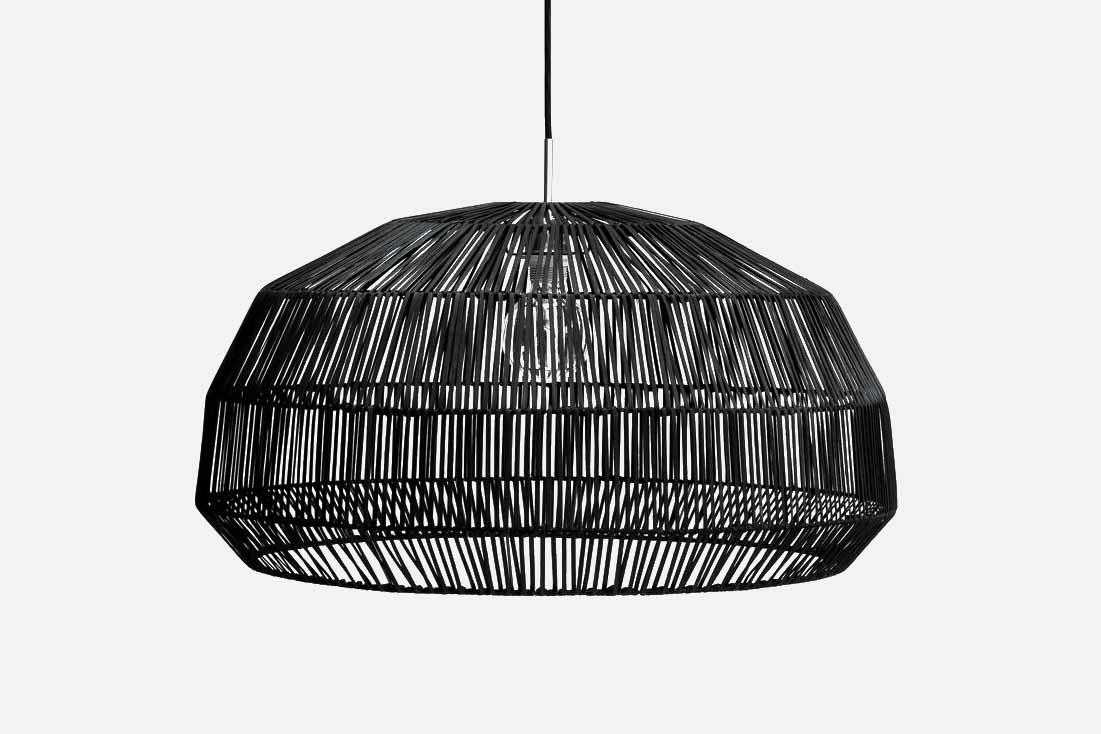 ay-illuminate-hanglamp-nama-1-black-rotan-