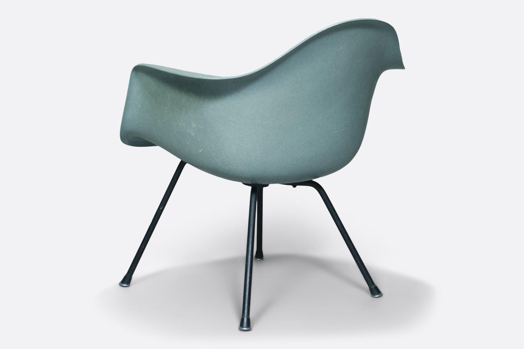 Eames armchair-LAX-seafoam green.4