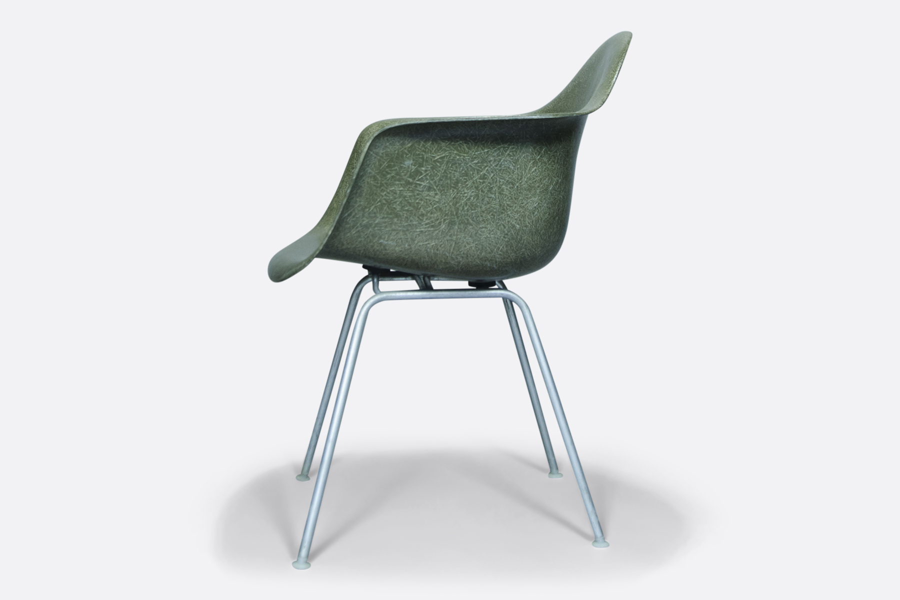 Olive-Eames-Armchair-side