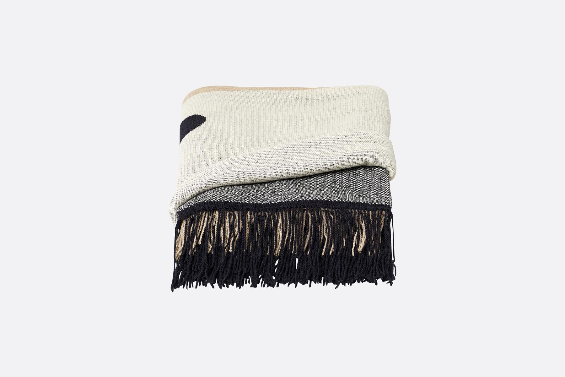 Aymara-plaid-pattern-cream-190x130cm
