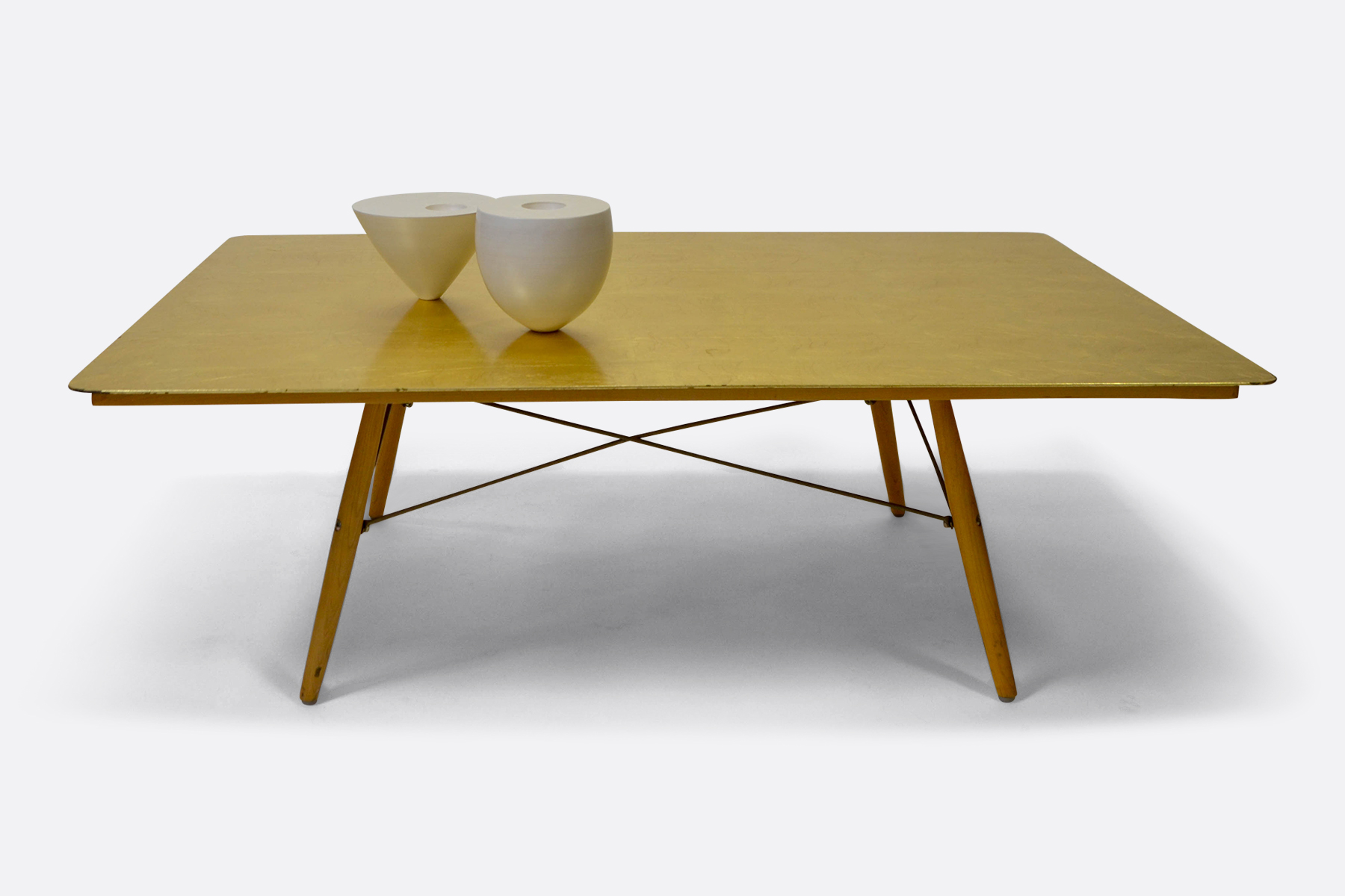 Gold-leaf-table-Jan van Hulzen