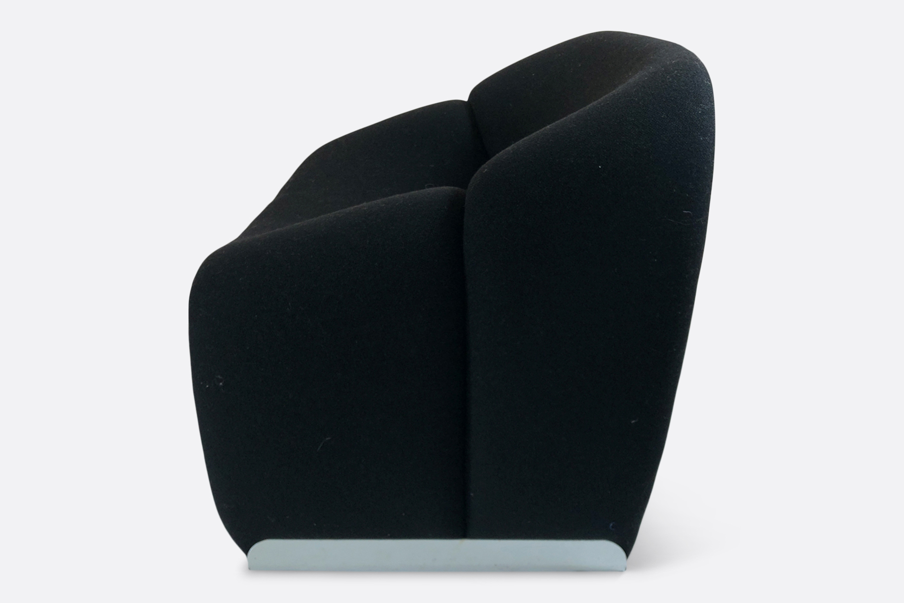 M F580 Groovy lounge chair