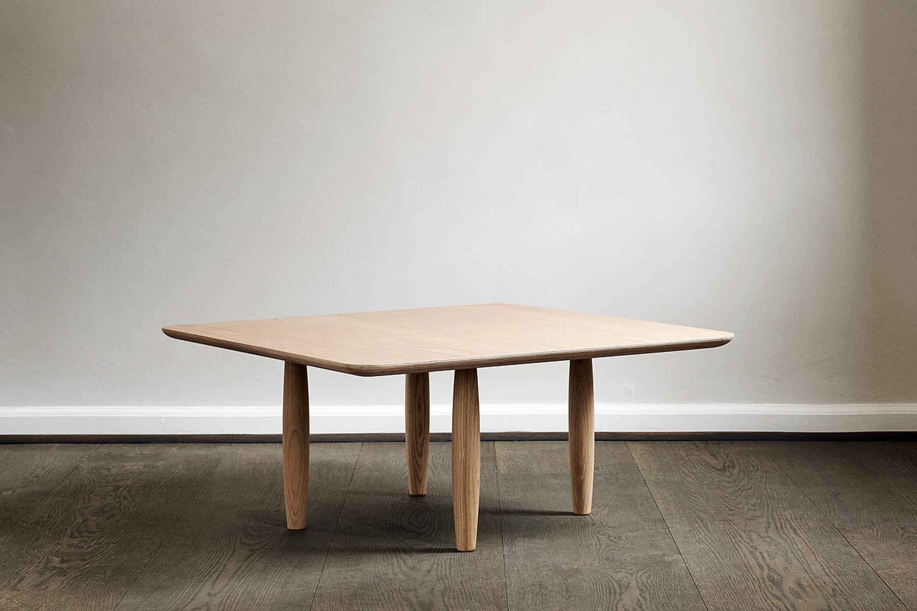 Oku coffee table